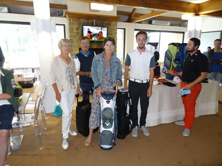 Coupe CARRE GOLF 06