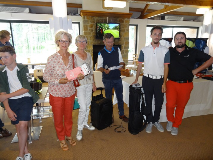 Coupe CARRE GOLF 08