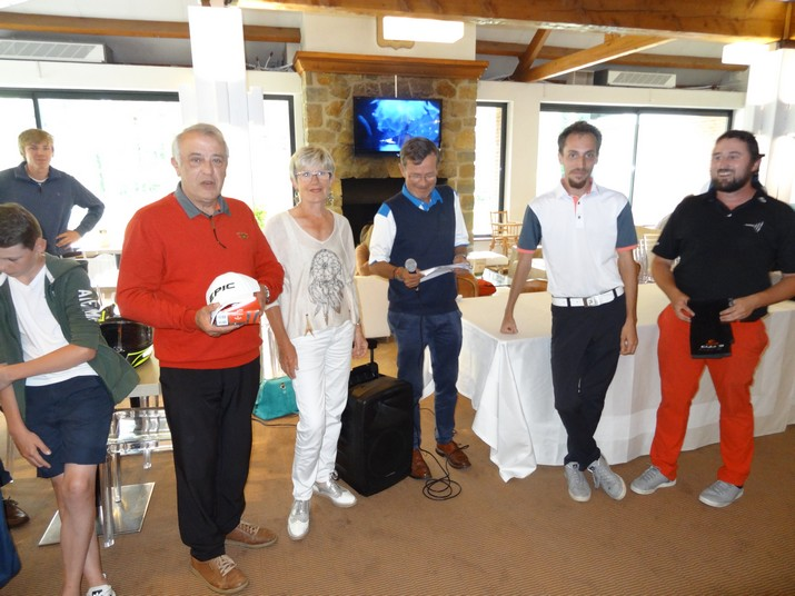 Coupe CARRE GOLF 14