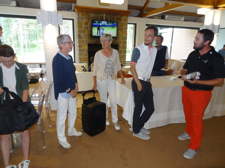 Coupe CARRE GOLF 21